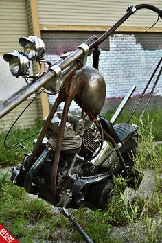 Old Classic Harley-Davidson Motorcycles Harley Davidson Panhead, Classic Harley Davidson, Used Harley Davidson, Custom Harleys, Custom Bikes, Chopper Motorcycle, Motorcycle Garage, Old School Chopper, Bike Art