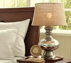Decorating with burlap: lampshades. bulletin board, etc...  http://budgetwisehome.com/category/decorating-with-burlap/