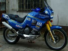 Just some thoughts/experiences about the Super Tenere (Yamaha Quite popular in Europe and winning the Paris-Dakar in the the early this. Super Tenere, Trail Motorcycle, Rallye Raid, Super Bikes, Scrambler, Motocross, Cars And Motorcycles, Racing, Adventure