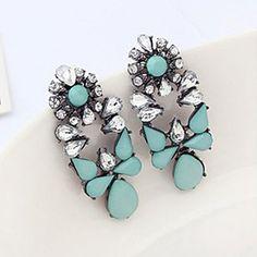 Pengchen Vintage Gemstone Earrings (Light Blue) - GBP £ 1.94