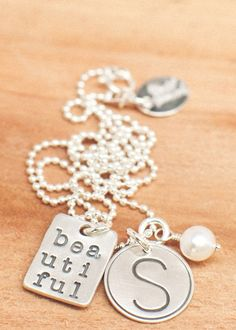 Love this beautiful necklace - not really a DIY but good inspiration