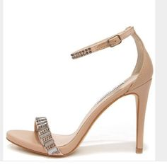 Steve Madden Suzanna Heel Nude Steve Madden heels with jewels on toe and ankle strap. Worn slightly but like new! Minor scuffs on heels. Steve Madden Shoes Heels