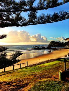 Flynns Beach, Port Macquarie, NSW, Oz ✌️ Sibling Beach Pictures, Beach Photos, Beautiful Beach Pictures, Beautiful Beaches, Australian Beach, Australian Homes, Travel Memories, Family Memories, Port Macquarie