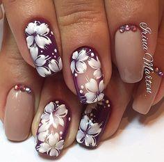 pretty bit of nail art Maroon Nail Designs, Nail Designs 2014, Elegant Nail Designs, Elegant Nails, Tulip Nails, Flower Nails, Cute Nails, Pretty Nails, Oval Acrylic Nails