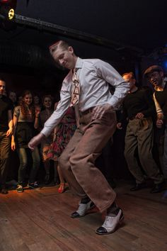 https://flic.kr/p/e9BdmT | Paris Jazz Roots Dance Festival 2013 | Pontus Persson at la Belleviloise