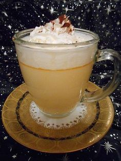 Eierpunsch – wie auf dem Weihnachtsmarkt Eggnog – as at the Christmas market, a tasty recipe from the category punch.