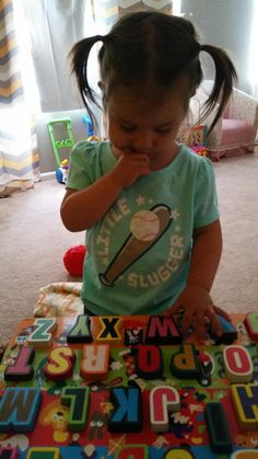 Several easy ways for teaching toddler letters! Our daughter did these and knew her alphabet by years old. Alphabet Video, Sing The Alphabet, Alphabet Sounds, Teaching The Alphabet, Alphabet Book, Teaching Toddlers Letters, Alphabet For Toddlers, Chemistry Teacher, Magnetic Letters