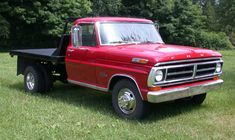 Ford Work Trucks, Classic Ford Trucks, Dually Trucks, Lifted Chevy Trucks, Ford Pickup Trucks, Ford Company, Pickup Car, Panel Truck, Old Fords