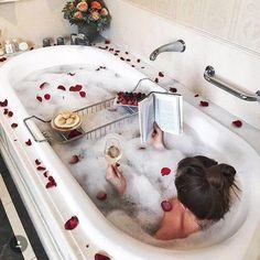 Bathtub tray/Mesitas de bañera metálicas - Ideal para los abudantes baños de espuma.