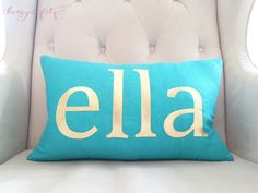 Would love to try with an antler print or maybe an evergreen. [DIY Gold Foil Pillow - Finished!]