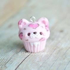 A pink leopard cupcake I made for @crafters.wonderland last week :) @xoxrufus has a great tutorial on YouTube showing you how to make your own leopard cupcake charm. ❤ I just decided to make mine pink and added some fluff under his chin ⚫ #polymerclay #polymerclaycharms #claycharms #clay #charms #jewelry #food #foodjewelry #foodie #kawaiifood #cutefood #handmade #diy #etsy #crafts #custom #leopard #leopardprint #pink #cupcake #leopardcupcake #kawaiicharms #kawaii #cute #heart #youtube