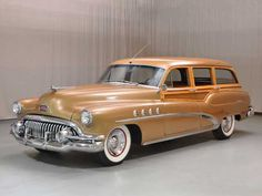 1952 Buick Roadmaster Station Wagon Drivers Side Front View