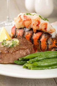 Surf And Turf, Cooking For A Crowd, Cooking On A Budget, Easy Dinner Recipes, Easy Meals, Picnic Recipes, Picnic Ideas, Picnic Foods, Dinner Ideas