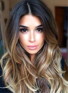 What exactly is Balayage Hair and why do we love it so much? As the name implies, Balayage is a French technique whose goal is to color the hair by adding very soft and. Blonde Ombre Hair, Balayage Straight Hair, Balayage Ombré, Ombre Hair Color, Hair Color Balayage, Brown Hair Colors, Hair Highlights, Balayage Hairstyle, Ombré Hair Chatain