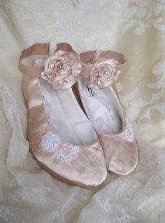 Lace Bridal Flat Lace Wedding Shoe Ivory by HopefullyRomantic, $145.00