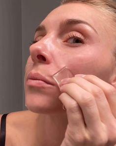 Purple Makeup, Nude Makeup, Face Massage, Tips Belleza, Diy Skin Care, Party Makeup, Anti Wrinkle, Face Care, Hair Hacks
