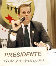 FENAPEF - Polícia Federal tem de 'apenas investigar de forma isenta', diz presidente de federação
