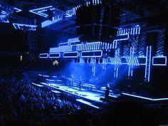 TSO - moving light design More