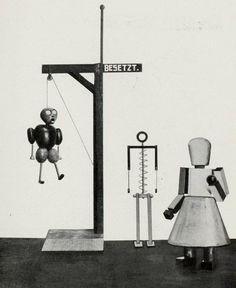 """Figurinen aus dem Marionettenspiel : """"Die Abenteuer des kleinen Buckligen"""". Der Bucklige; der Henker; der Olhändler. Entwurf : Kurt Schmidt, Ausführung : T. Hergt"""