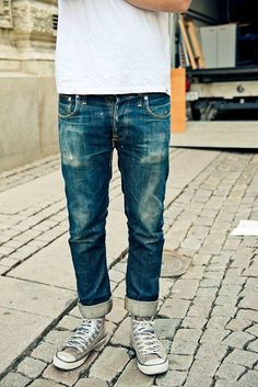 Simple but great looking jeans Allstars Nudie men fashion streetstyle white t