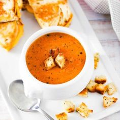 A white soup filled with roasted tomato basil soup next to sliced grilled cheese sandwiches. Soup Recipes, Vegetarian Recipes, New Recipes, Dinner Recipes, Cooking Recipes, Favorite Recipes, Healthy Recipes, Recipies, Healthy Eats