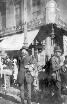 Selling Sox, Hester Street between 1908 and 1916,