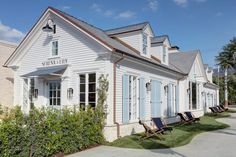 Serena & Lily's newest design shop in Pacific Palisades! Cottage Style, Farmhouse Style, Pacific Palisades, New England Style, Commercial Interiors, Commercial Design, Store Fronts, House Painting, House Tours