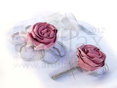 Baby pink and silver flax flower buttonhole and wrist corsage. Flax flowers by Artiflax Ltd New Zealand Flax, Flax Flowers, Wrist Corsage, Corsages, Corporate Gifts, Buttonholes, Wedding Cake Toppers, Wedding Bouquets, Arts And Crafts