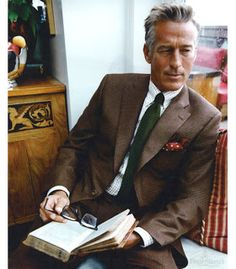 Grey Fox: A Happy New Year to everyone! What have I learned about men's middle-aged style?