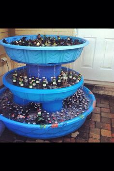 Kiddie pool drink fountain. What a fun idea for soda and beer cooler for an outdoor picnic/party!
