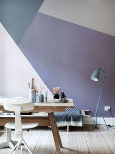 Paredes brancas em casa são um prato cheio para a criatividade! São váriasas possibilidades de transformar suas paredes: pintar com uma cor diferente, fazer uma composição bacana de quadrinhos, pendurar um tapete diferenciado,enfeitar comuma peça de arte. Não faltam opções para fugir da monotonia! Se você tem uma parede sem graça em casa e está […]