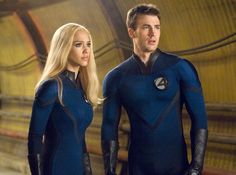 Sue Storm / The Invisible Woman & Johnny Storm / The Human Torch - Jessica Alba & Chris Evans - The Fantastic Four Miles Teller, Jamie Bell, Capitan America Chris Evans, Chris Evans Captain America, Michael B Jordan, Kate Mara, Marvel Universe, Jessica Alba Fantastic Four, Michael Chiklis