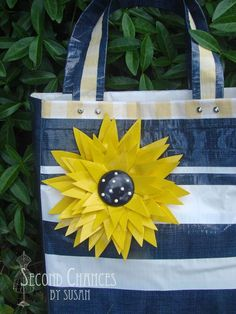cool How to Make a Duct Tape Purse and Flower