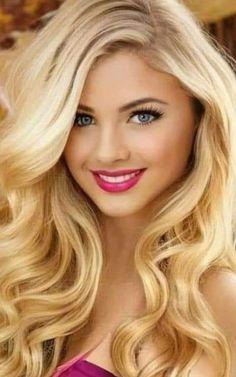 Beautiful Long Hair, Beautiful Eyes, Butterscotch Hair Color, Melissa Anderson, Girl Facial, Blonde Women, Foto Pose, Cute Beauty, Blonde Beauty