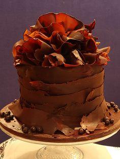 Revel In Food Cakes - White Chocolate, Dark Chocolate, Personalised Cakes, Wedding Cakes