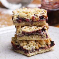 Shortbread jam squares easy desserts, no bake desserts, dessert recipes, cooking videos tasty Just Desserts, Delicious Desserts, Yummy Food, Delicious Cookies, Baking Recipes, Cookie Recipes, Dessert Recipes, Slow Food, Sweet Recipes