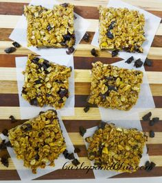 Homemade Granola Bars. So delicious and surprising easy! #TheFeelGoodFruit #CG