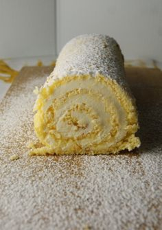 Vanilla Swiss roll with lemon buttercream