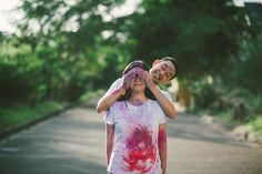 Colorful Holi Powder Sprinkled Engagement Shoot | Wedding Blog | Cherryblossoms and Faeriewings