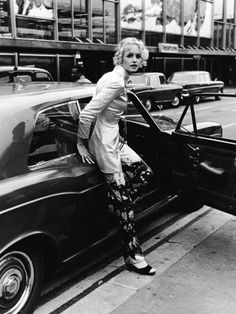 Iconic Twiggy Images - Twiggy Model Pictures