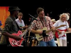 Watch Vince Gill, Sheryl Crow, Keb' Mo, and other stars come together to cover one of Eric Clapton's greatest hits live from the Crossroads Guitar Festival 2010.    Share this video on your Facebook:  http://www.facebook.com/sharer/sharer.php?u=http://youtu.be/nOXf9oAGfDw    The Crossroads Guitar Festival is a music festival and concert that benefits...