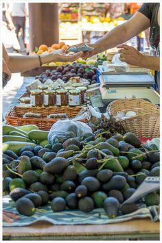Sonntag ist Markt in Santa Maria del Cami und er ist einer der schönsten Märkte auf Mallorca