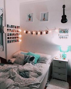 30 Wonderful and Cute Dorm Room Ideas to Inspiring you Home Design Ideas Dorm R. 30 Wonderful and Cute Dorm Room Ideas to Inspiring you Home Design Ideas Dorm Room Decor Ideas Cut Teen Room Decor, Room Ideas Bedroom, Bedroom Decor, Girls Bedroom, Modern Bedroom, Bedroom Inspo, Shabby Bedroom, Romantic Bedrooms, Shabby Cottage