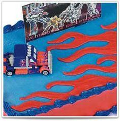 Transformers™  Truck transforms into Optimus Prime!  #bakery #birthday #cake #kids
