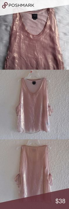 """Anthropologie Deletta Sleeveless Blouse Size Medium, 100% Polyester, double layered, ties on both sides. Preowned, no flaws.  Open to Offers :)  Pit to pit: 18"""" Length: 25.5-26""""  *a0109 Anthropologie Tops"""
