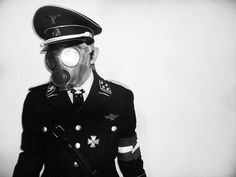 dieselpunk__steampunk__ss_waffen_gas_mask_by_zombie1488-d7rrc39.jpg (1024×768)