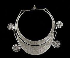 Hmong necklace (eBay)