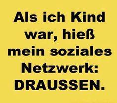 Mehr lustige Facebook-Sprüche: http://www.deecee.de/funny-stuff/sprueche-zitate/lustige-facebook-sprueche-statusmeldungen.html