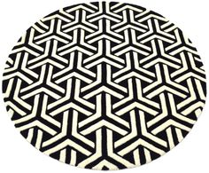 The Triform Rug in Round :)