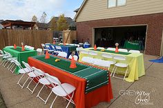 Cute table decorations for a football party